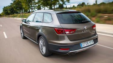 SEAT Leon X-perience driving