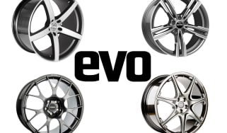 Aftermarket alloy wheel four-way