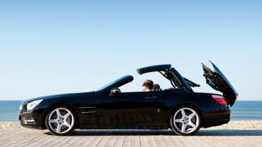 Mercedes SL400 Sport black roof folding