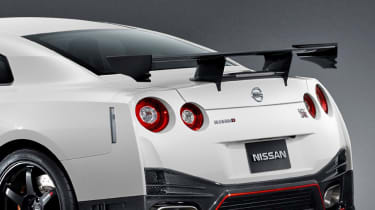 Nissan GT-R Nismo carbon rear spoiler wing