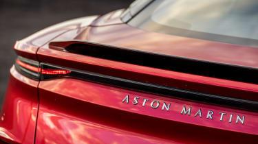 Aston Martin DBS Superleggera - tail