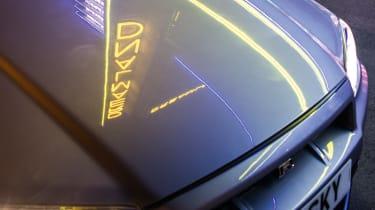 Nissan Skyline GT-R R34 - bonnet