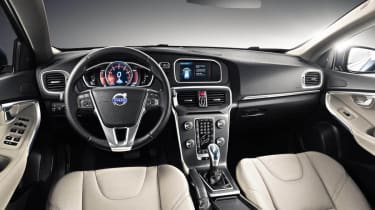 2013 Volvo V40 T4 SE interior dashboard