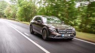 Mercedes E-class All-Terrain – front quarter