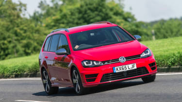 Golf R 0-60 >> Volkswagen Golf R Estate Review Prices Specs And 0 60