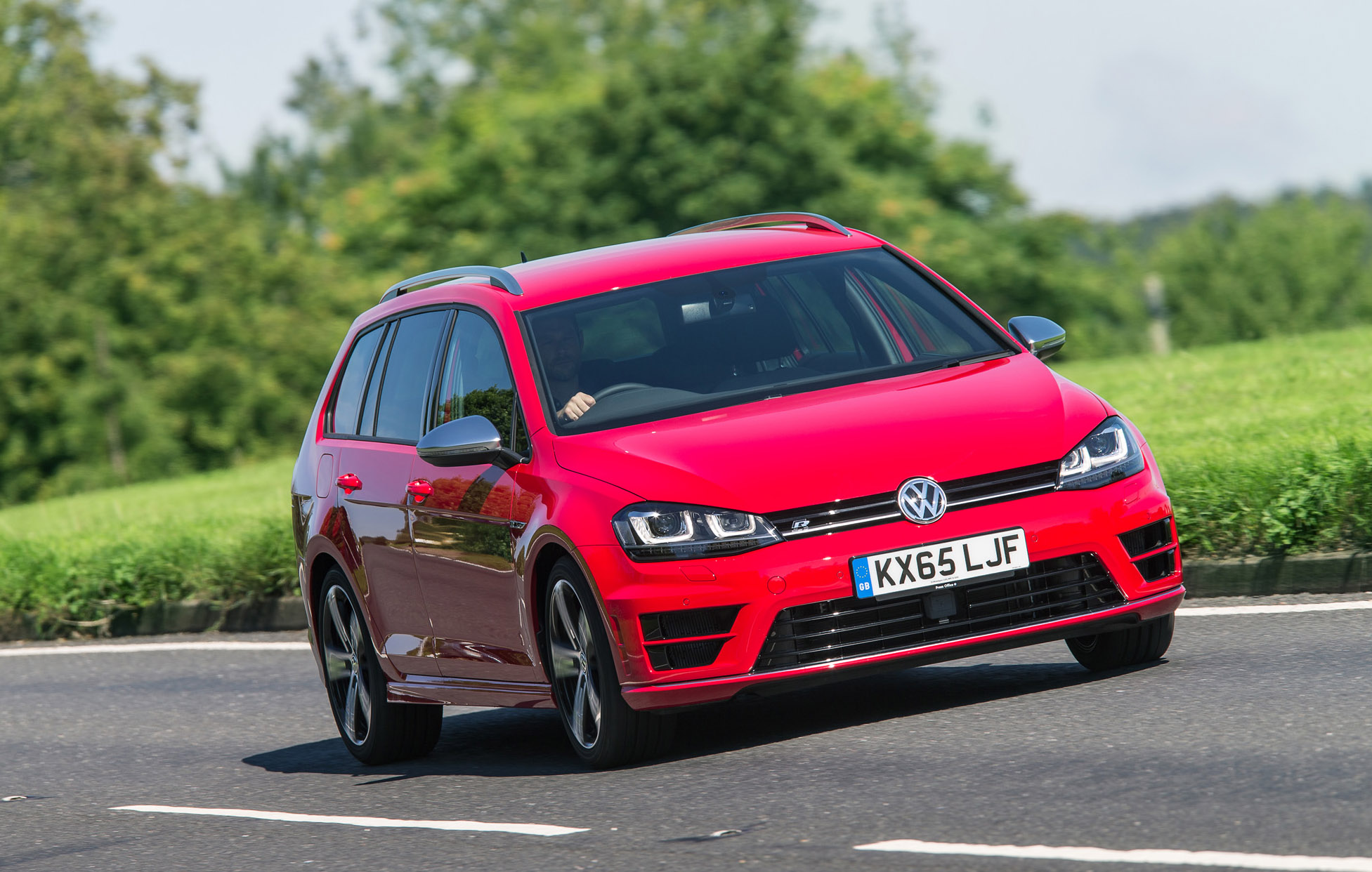 Golf R Estate >> Volkswagen Golf R Estate Review Prices Specs And 0 60