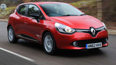 2013 Renault Clio red front