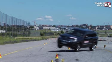 Jeep Grand Cherokee fails Elk test