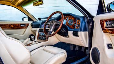 Aston Martin Vantage V550 - cabin