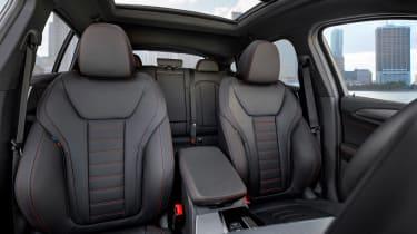 BMW X4 M40d - seats