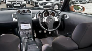 Nissan 350Z – interior