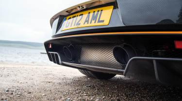 Aston Martin GT12 - rear pipes