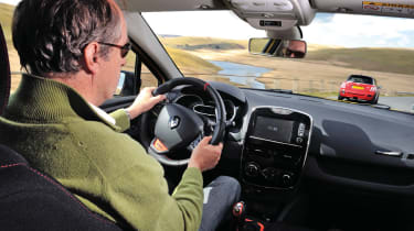 Harry Metcalfe driving the Renault Clio 200 Turbo