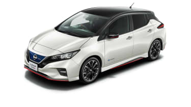 Nissan Leaf Nismo white with black roof