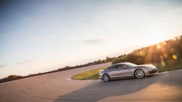 Porsche Panamera Turbo S E-Hybrid ride - cornering