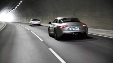 Alpine A110S - tunnel