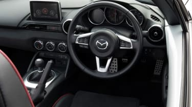 Mazda MX-5 Sport Recaro - Steering wheel