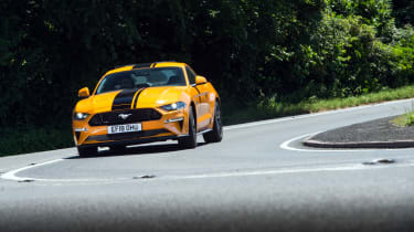 Ford Mustang 5.0 V8 GT - front