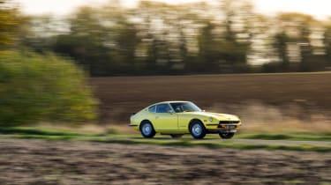 Datsun 240Z panning