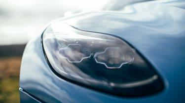 Aston Martin Vanquish S - DB11 headlight