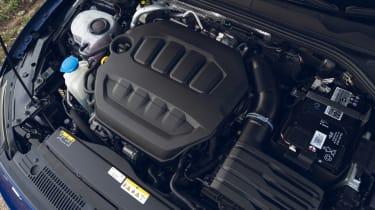 Volkswagen Golf R 2021 review - engine