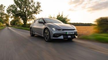 Kia EV6 GT-Line S – front tracking 2