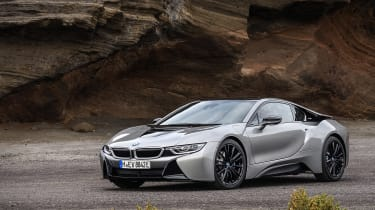BMW i8 Roadster - coupe front quarter