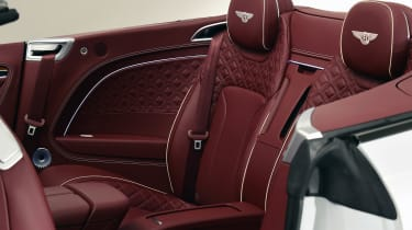 Bentley continental GT Convertible - rear seat