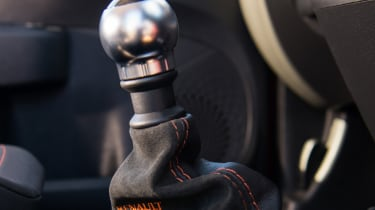 Renault Sport Twingo 133 – gear lever