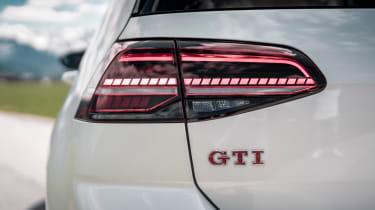 Volkswagen Golf GTI TCR Abt - lights