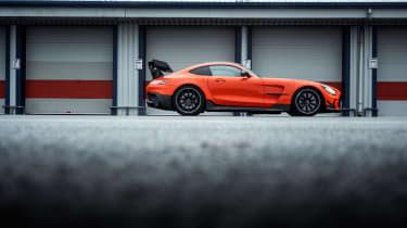 Mercedes-AMG GT Black Series - profile