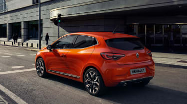 Renault Clio exterior - rear quarter