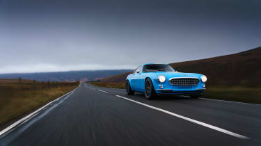 Volvo P1800 Cyan Racing – front tracking