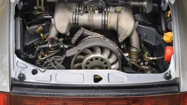 Porsche 911 Carrera RSR - engine