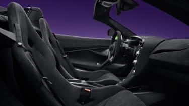 McLaren 765LT Spider – cabin