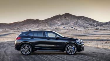 BMW X2 M35i - side