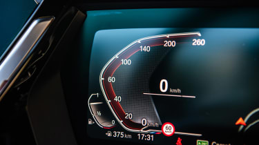 BMW Z4 20i - dials