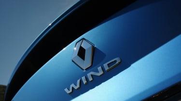 Renault Wind badge