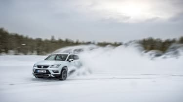 SEAT Ateca snow action drift