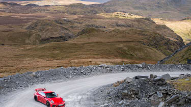 Porsche 911 GT3 991.2 – top shot