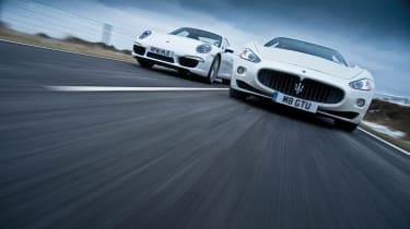 Porsche 911 vs Maserati GranTurismo S