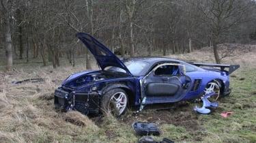 crashed 9ff GT9R front 3/4