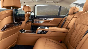 2019 BMW 7-series - rear seats