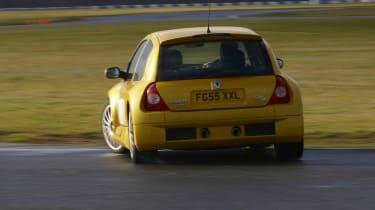 Renault Clio V6 255