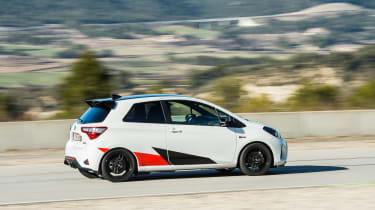 Toyota Yaris GRMN – side