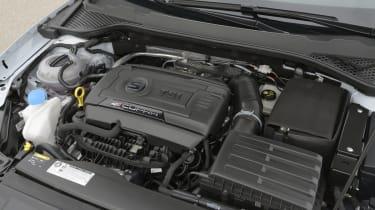 SEAT Leon Cupra 280 engine