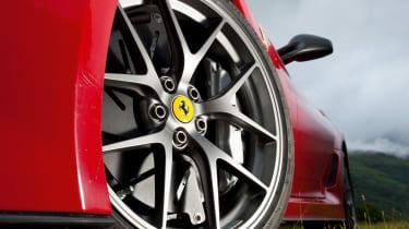 Ferrari 599 GTO wheel
