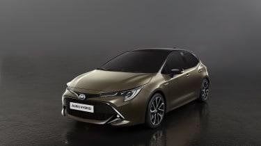 Toyota Auris – front quarter