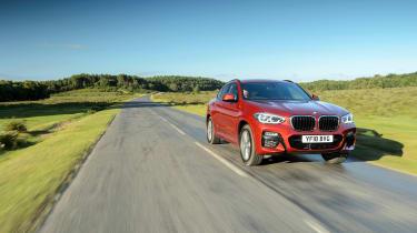 2018 BMW X4 20d drive - front quarter
