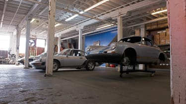 Cali 911s - garage